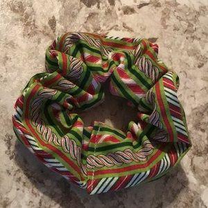Red green candycane striped peppermint scrunchie